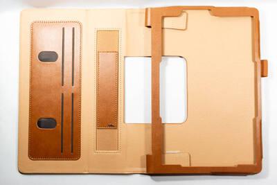 ケースを広げた状態 Lenovo Yoga Smart tab ケース WY-2140